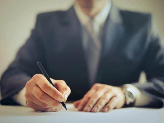 podpisanie kontraktu budowlanego